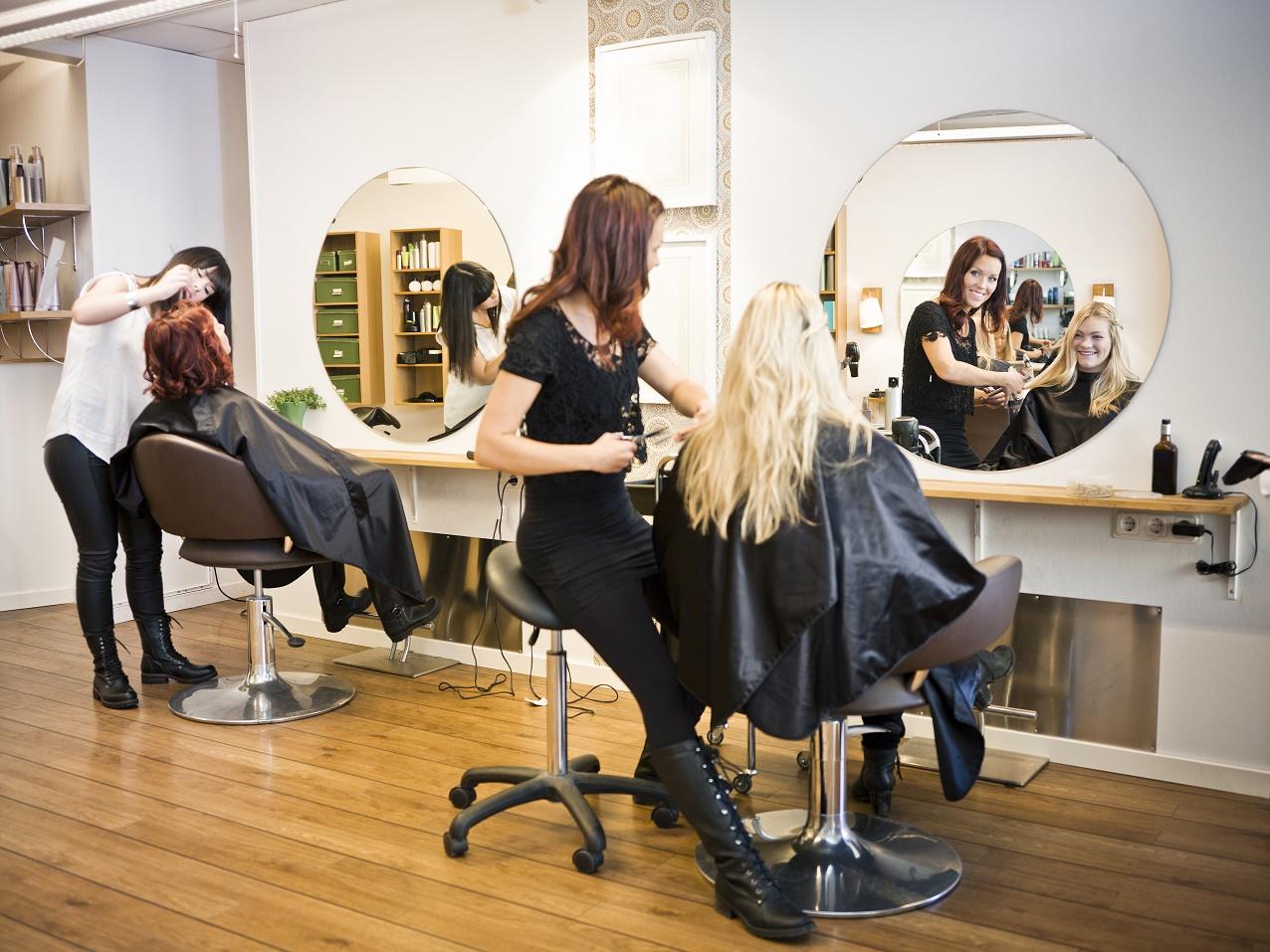 """""""Pozytywni w Biznesie"""" Targi w Gateshead: Monika – Polska fryzjerka w Gateshead i Newcastle"""